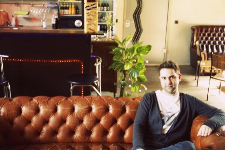 Das Schlagzeug Die Gitarre Oder Klavier Er Spielt Sie Alle Paul Pillath Ist 27 Jahre Jung Gebrtiger Gelsenkirchener Und Seine Leidenschaft
